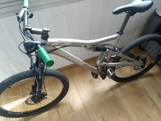 Bicicleta Mountain Bike Fibra de carbono