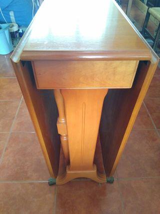 Mesa abatible de madera maciza