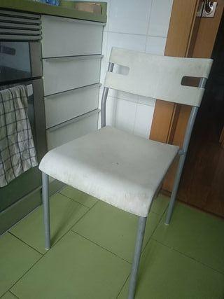 regalo dos sillas cocina y taburete