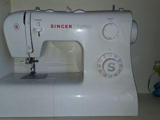 Máquina de coser recta SINGER