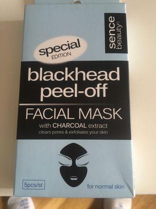 Máscara facial color negra. ÚLTIMO PRECIO: 2€
