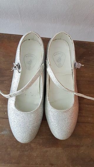Zapatos plateados niña n° 36