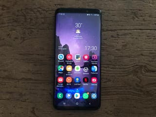 Se vende o cambia Samsung S9 plus 128 gb DUO