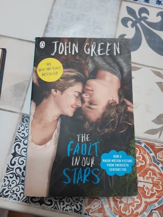 Libro en inglés: The Fault In Our Stars