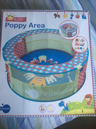 Parque infantil con accesorios