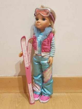 Muñeca Nancy esquiadora.