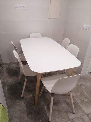 Comedor Blanco de Ikea con 6 sillas