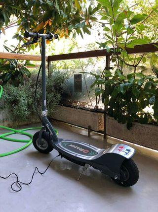 Patinete eléctrico Razor E300 Scooter