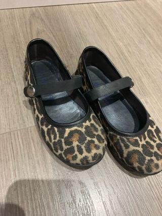 Zapatos niña conguitos leopardo