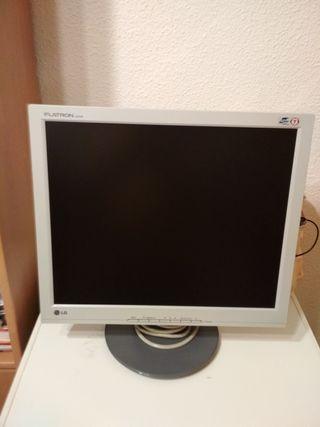 """Pantalla ordenador LG Flatron 19"""""""