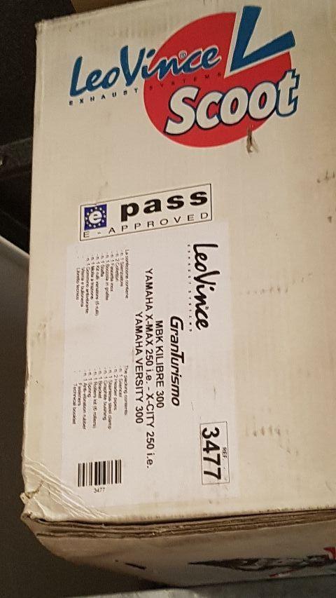 Escape Leovince Yamaha X max 250
