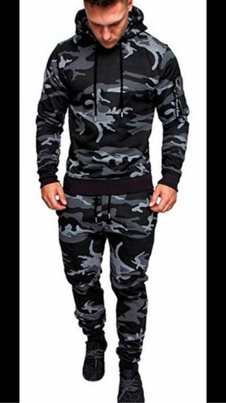 Men's camouflage outfit