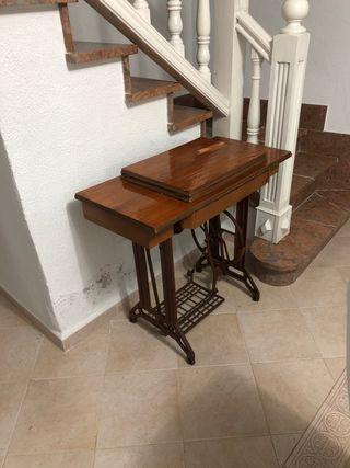 Mueble maquina de coser singer