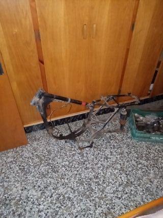 chasis Bultaco