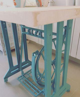 Mesa vintage industrial madera decape y hierro