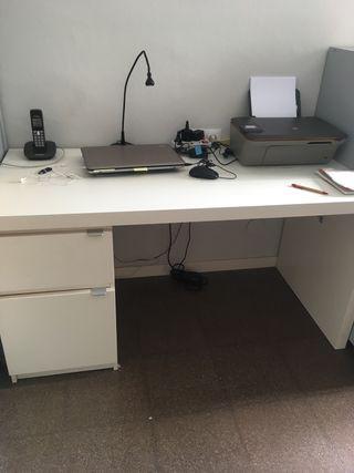 Mesa escritorio o despacho blanca