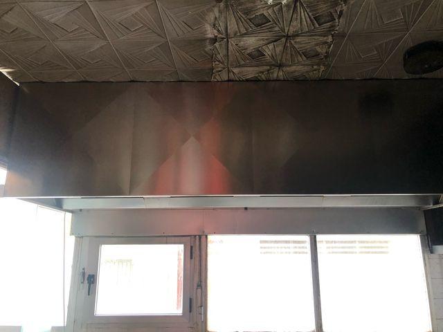 campana extractora industrial y tubo ventilacion