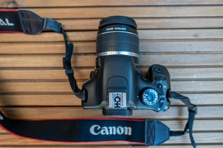 Canon EOS 550D+objetivo EF-S 18-55 mm F3.5-5.6 IS