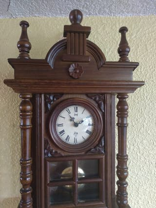 Reloj pared con péndulo madera