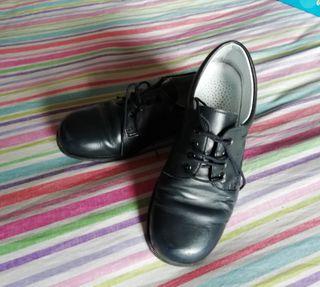 zapatos vestir.