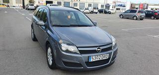 Opel Astra año 2005 llamar 661077002