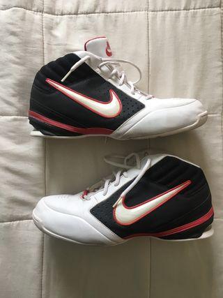 Nike Talla 45