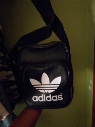 Bolso Bandolera Cuero Adidas Nuevo
