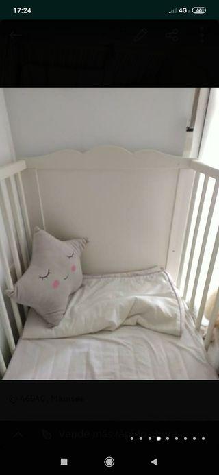 cuna y colchón
