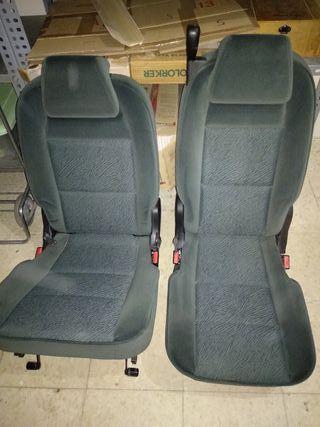 dos asientos Peugeot 307