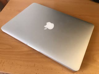 Macbook Pro 13 Retina.
