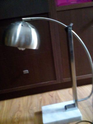 Lámpara-flexo