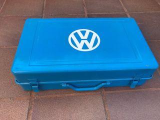 Caja metalica VW