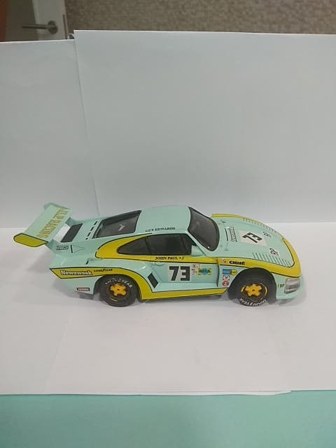 Scalextric Porsche 935