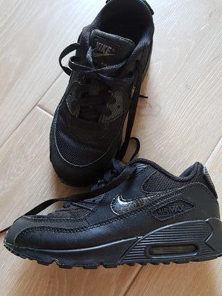 zapatillas Nike Air Max talla 33