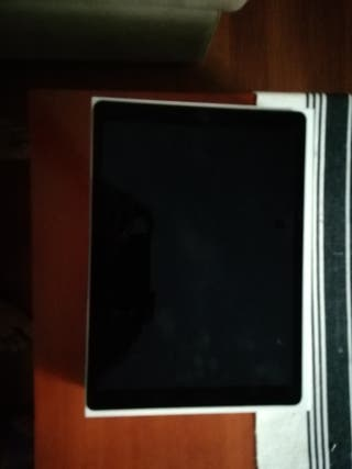 Se vende en perfecto estado IPad Pro. Apple.