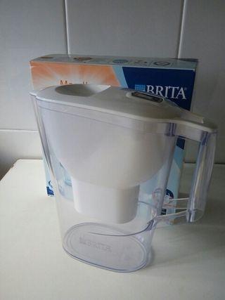 Jarra agua Brita Marella