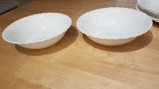 2 boles + 2 platos ondos + 2 platos grandes