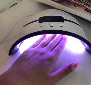 Lámpara seca uñas nuevas a estrenar