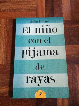 """libro, """"El niño con el pijama de rayas"""""""