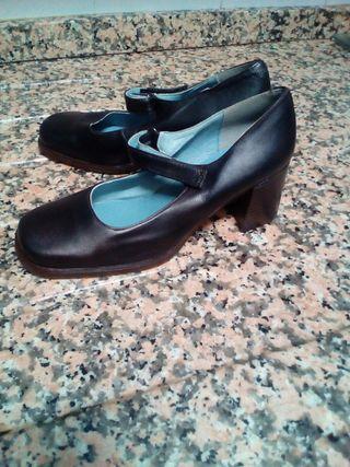 Zapatos nuevos mujer o niña negros