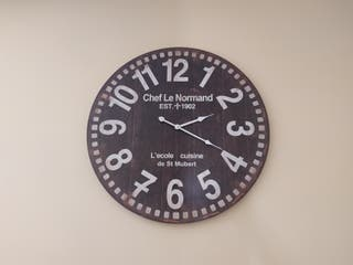 reloj de pared de gran diametro