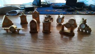 colección de relojes miniatura