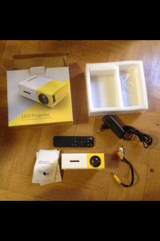 Proyector led portatil