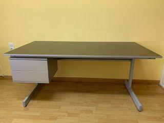 Mesa escritorio despacho con 2 cajones