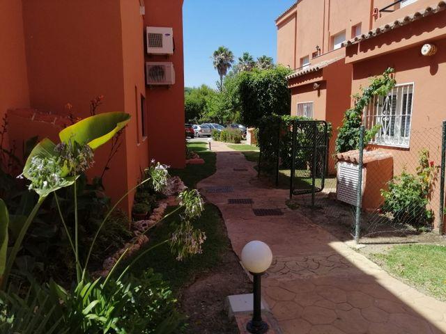 Piso en alquiler (La Duquesa, Málaga)