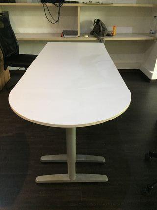 50 € MESA RECTANGULAR DE ESCRITORIO DE IKEA