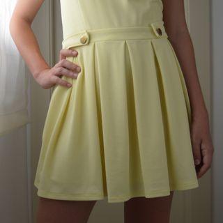 Vestido corto amarillo, talla XS