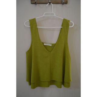 Top verde de tirantes de Zara, talla S