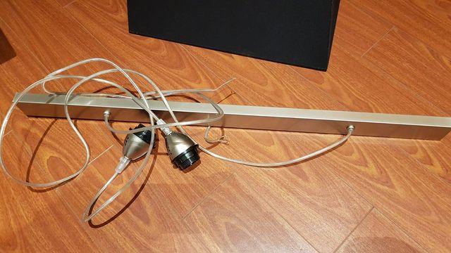 1 Lámpara colgante con pantalla negra 5€