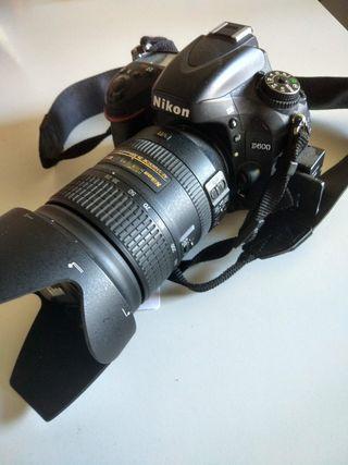 Nikon D600 + objetivo Nikon AF-S 28-300mm F3.5-5.6
